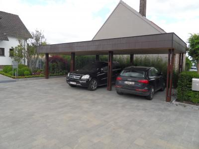 carport design en bois carport un carport en bois autrement appel garage pr fabriqu s. Black Bedroom Furniture Sets. Home Design Ideas