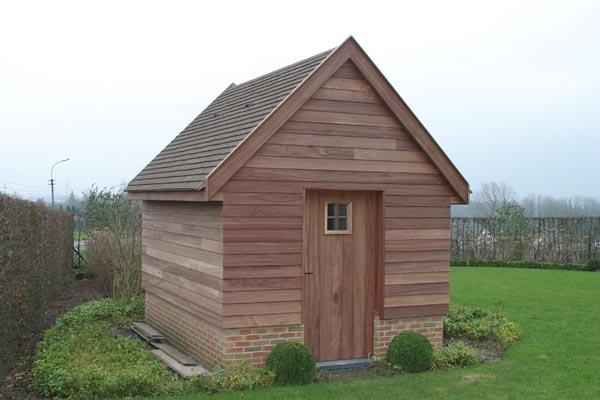 Maison de jardin ou remise campagnarde remises for Petite maison de jardin